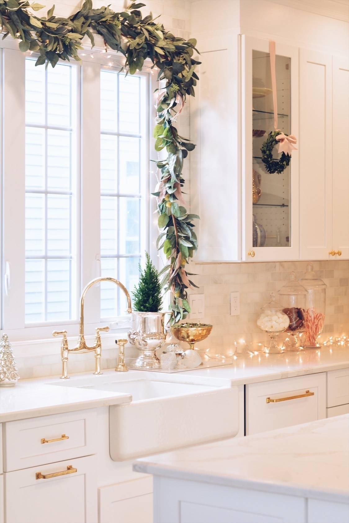 Elegant Christmas Part II - Christmas Kitchen Decor - The ...