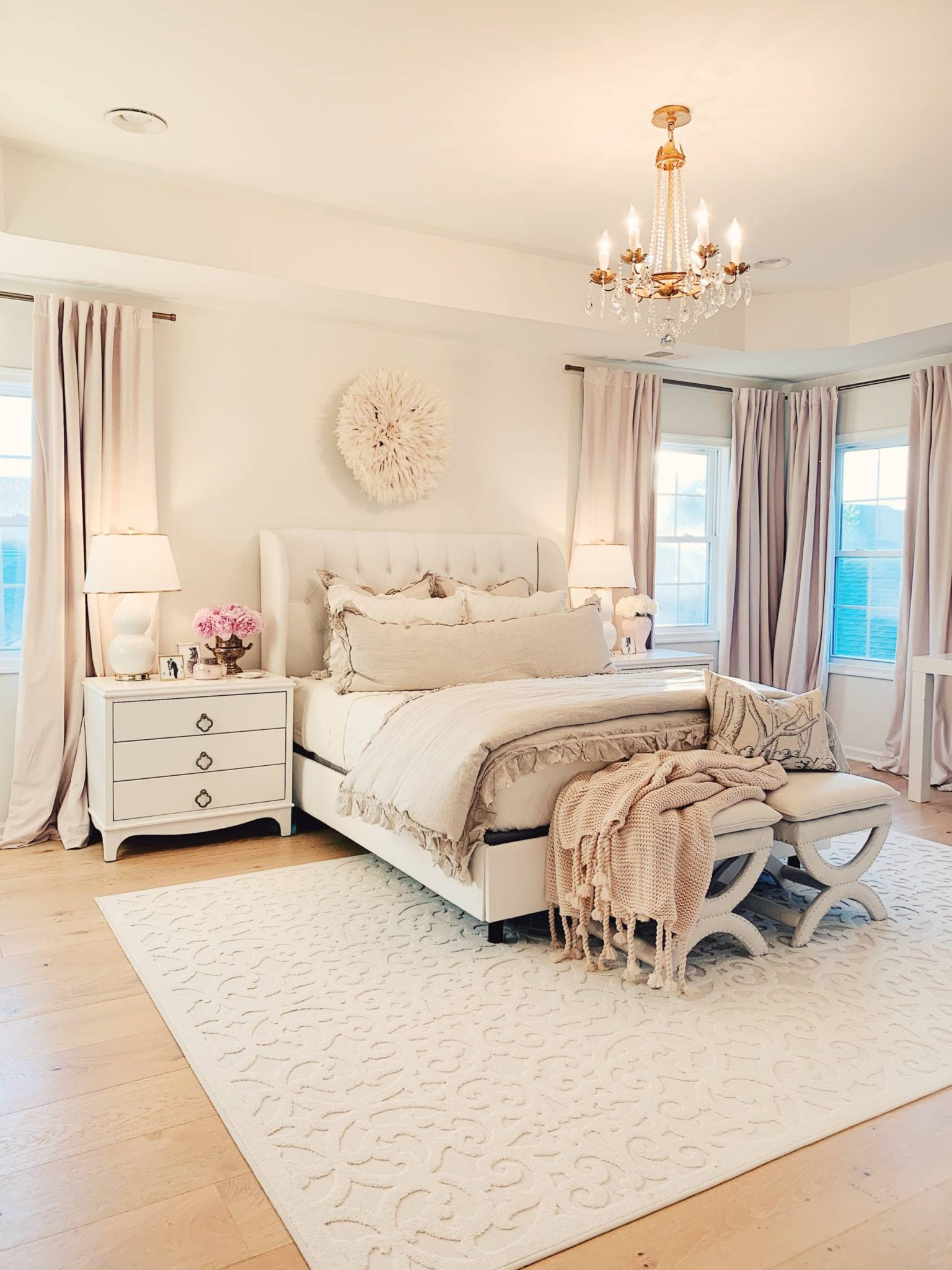 Master Bedroom Decor A Cozy Romantic Master Bedroom The Pink Dream