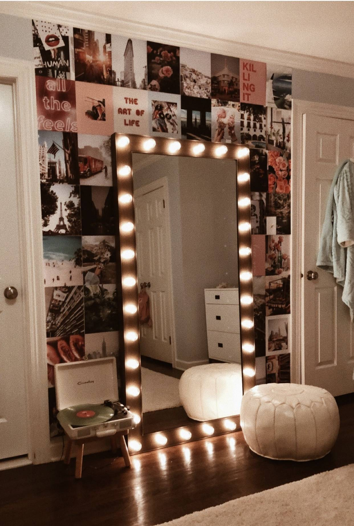 Picture Wall Ideas For Bedroom With Lights